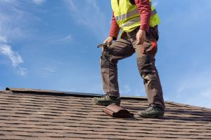 What to Look for in a Roofing Contractor Lynchburg VA